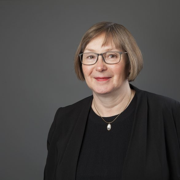 Judith L Barden